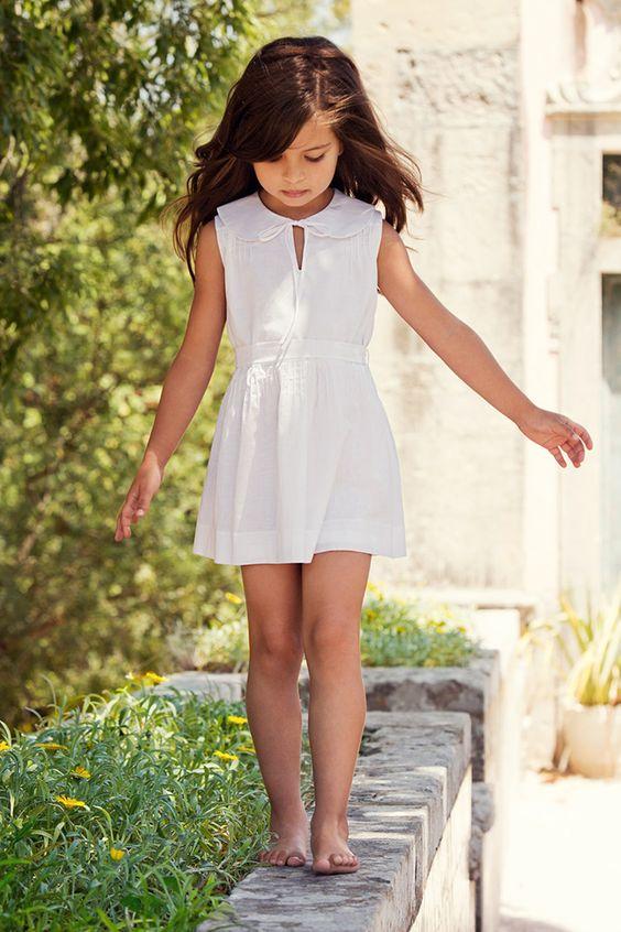 simple y elegante vestido blanco