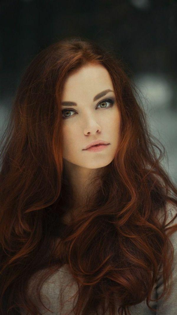 el más bello color de pelo - caramelo, tendencia, mujer con los ojos azules