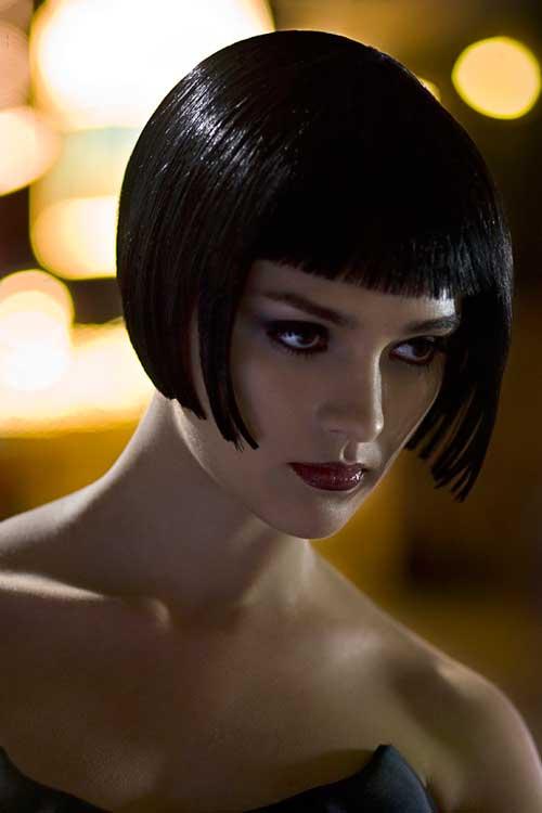 Best-Short-Straight-Hairstyles-9
