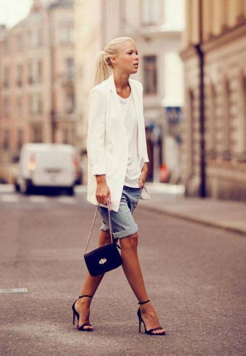 Casual-Bermuda-Shorts-Outfits-For-Summer