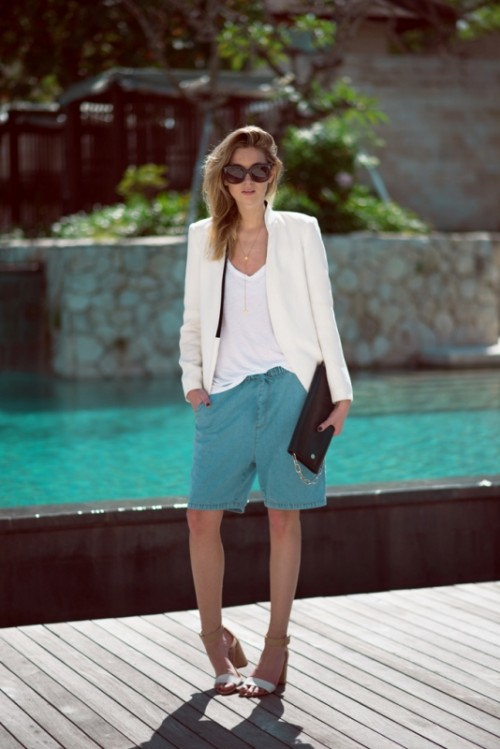 Classy-Bermuda-Shorts-Outfits-For-Summer