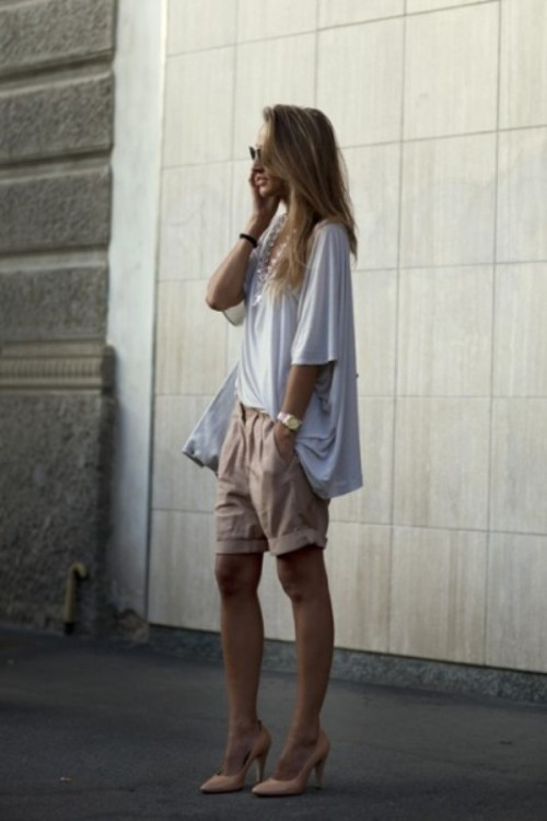 Fashionable-Bermuda-Shorts-Outfits-For-Summer