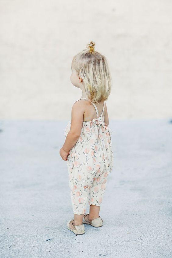 vestido de estampado floral delicado
