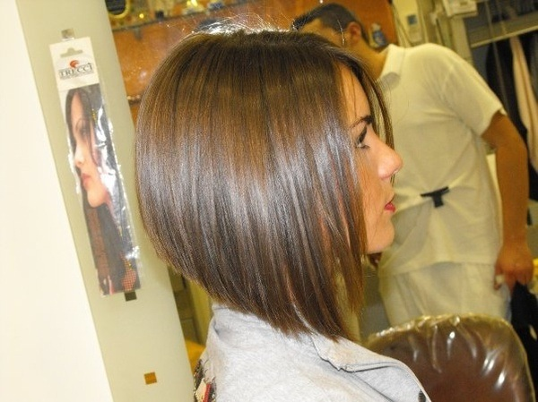 best-peinados-corto oscuro-2