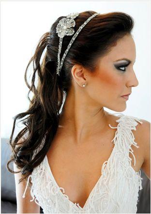 penteados-de-noiva-com-tiara-3