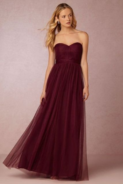 vestido de la dama de Airy Marsala maxi