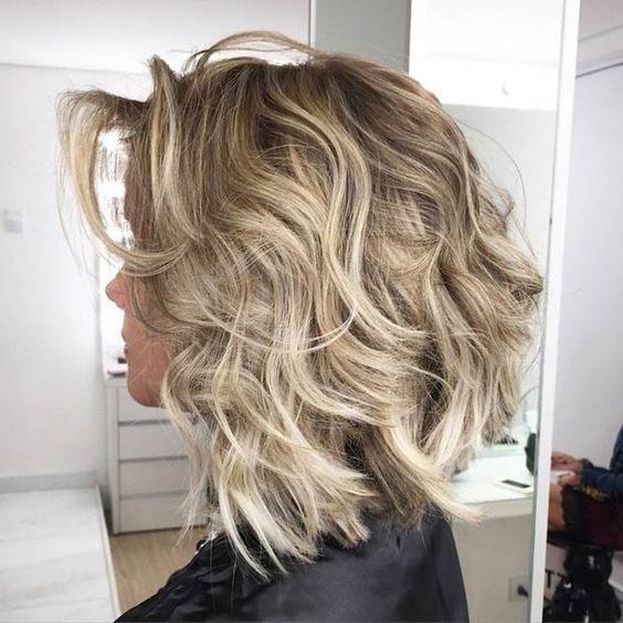el cabello-mediados de longitud-2017-16