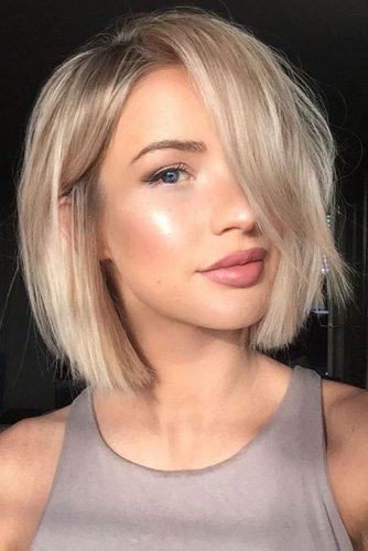 el cabello-mediados de longitud de 18