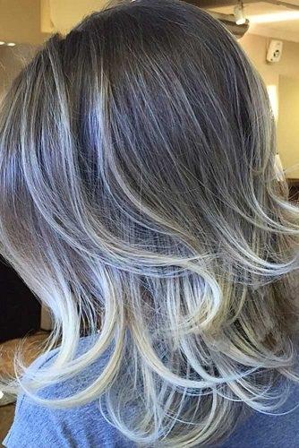 el cabello-mediados de longitud-4