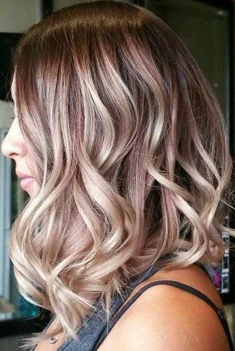 el cabello-mediados de longitud-9