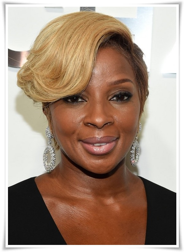 Short Hairstyles for Black Women 18