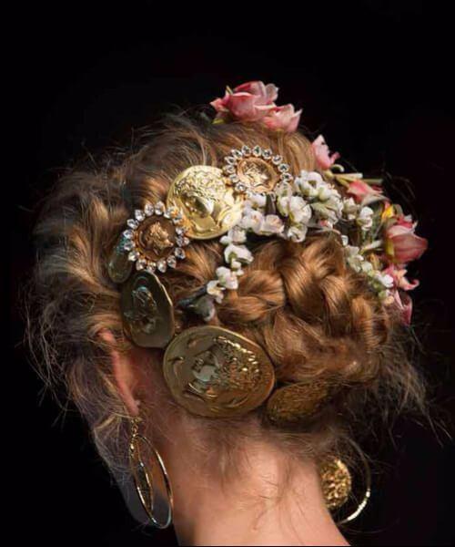 Dolce & Gabbana Primavera de 2014 peinados de boda para el pelo largo