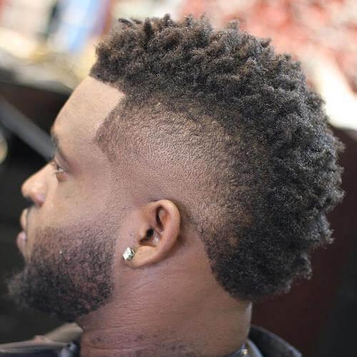 Mohawk Afro Peinados para Hombres