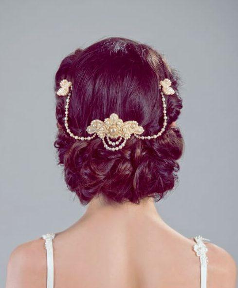 elegante tocado de peinados de boda para el pelo largo