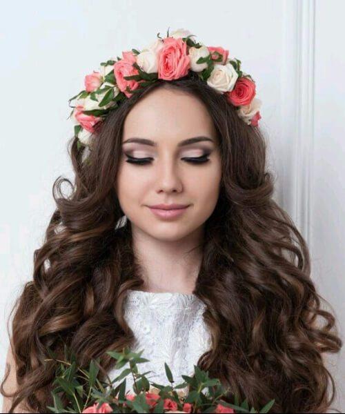 la coincidencia de las rosas peinados de boda para el pelo largo