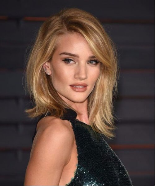 rosie huntington whiteley lado flequillo