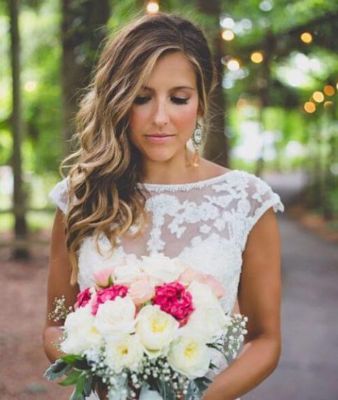 simple barrido lateral peinados de boda para el pelo largo