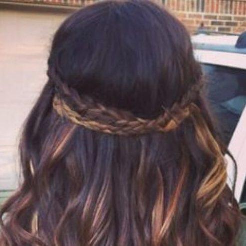 destaca la trenza peinados para el pelo largo