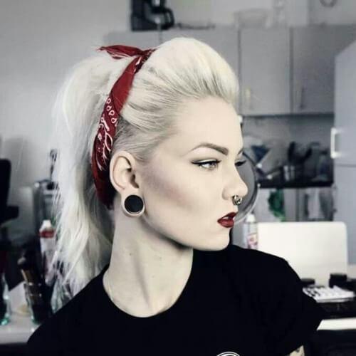 grunge-pinup-blonde-hairstyles