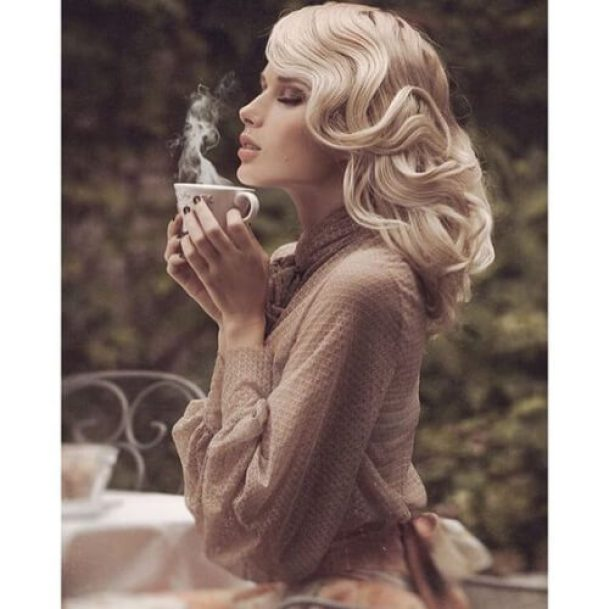 vintage-curls-blonde-hairstyles