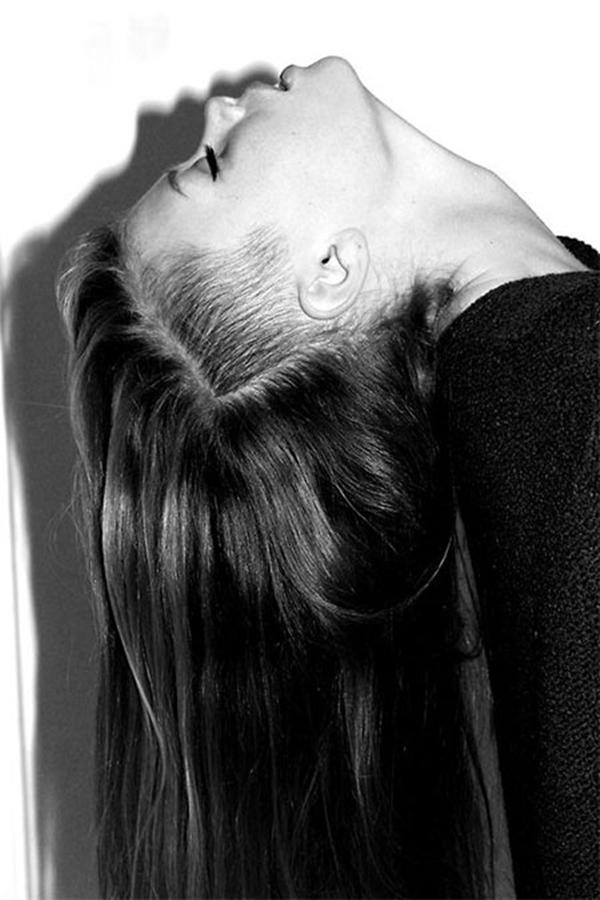 26020216-lado afeitado-estilo de pelo