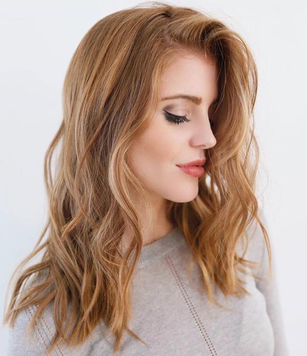 57250816-fresa-rubia-cabello