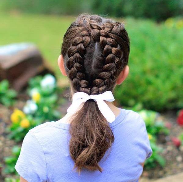 28150916-little-girl-hairstyles