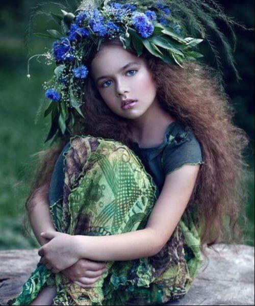 ninfa de madera peinados de niña