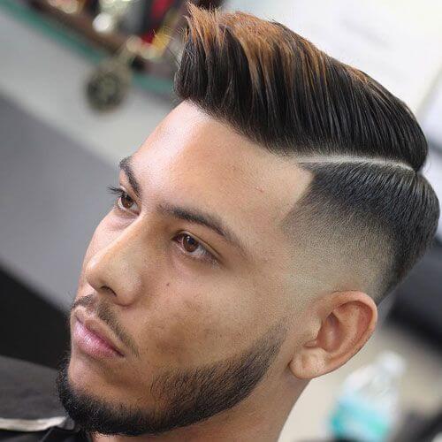 Peine de punta sobre peinados