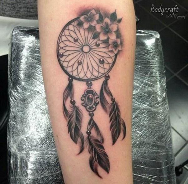 Diseño de tatuaje Vintage dreamcatcher.