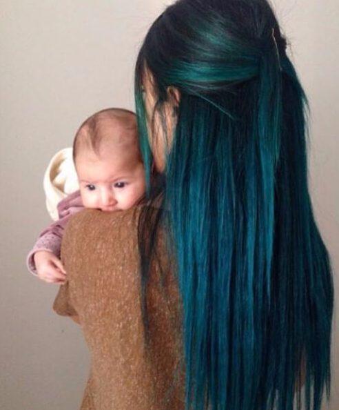 color de pelo verde azulado vudú