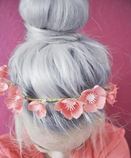 banda de cabeza de amapolas rosa pelo gris
