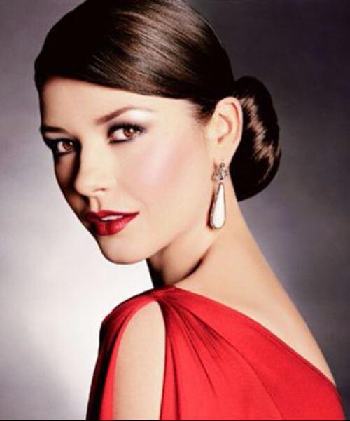 catherine zeta jones peinados para mujeres mayores de 40