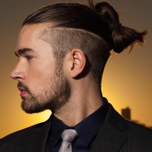 Peinados modernos Top Knot para hombres