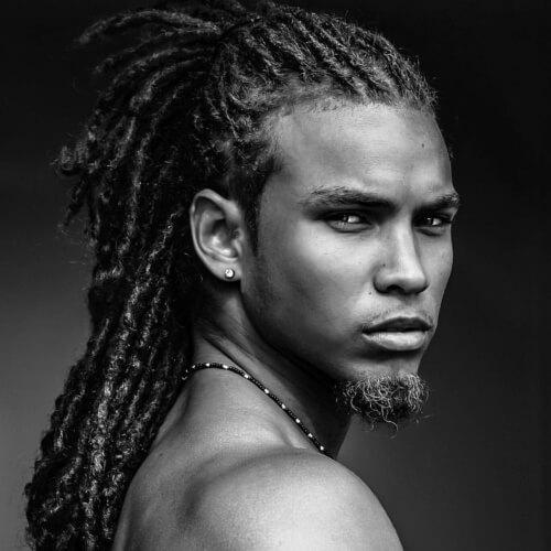 La mitad de los peinados afro