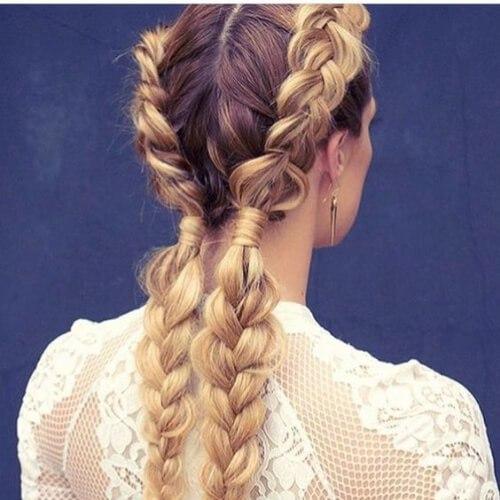 peinados de trenzas rubias y marrones para cabello largo