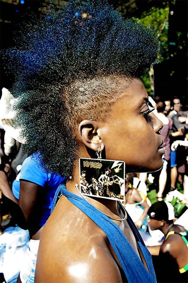 30020216-lado afeitado-estilo de pelo