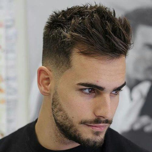 Espeso peinado espiga