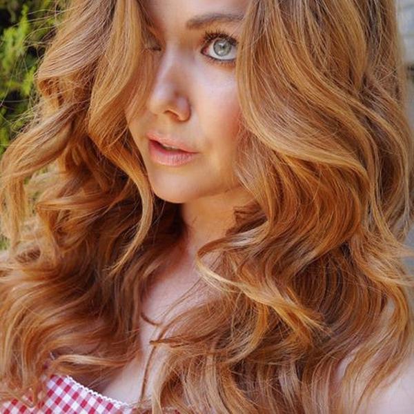 43250816-strawberry-blonde-hair