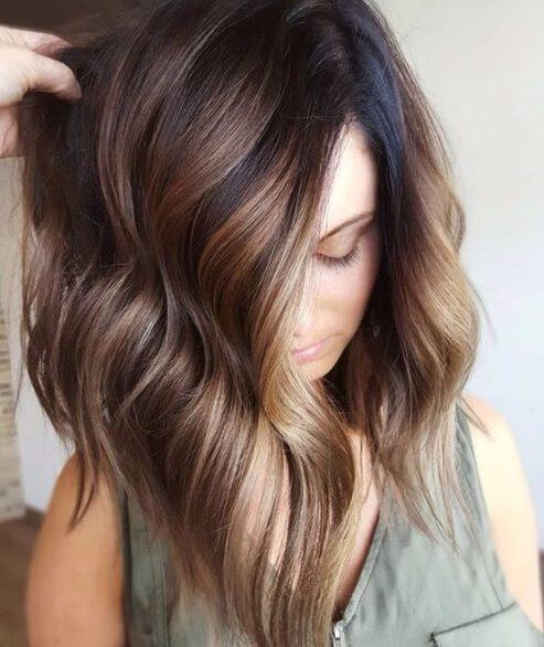 Mocha bayalage sobre base morena oscuro caída de cabello colores