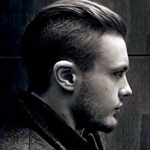Peinado moderno peinado hacia atrás para hombre
