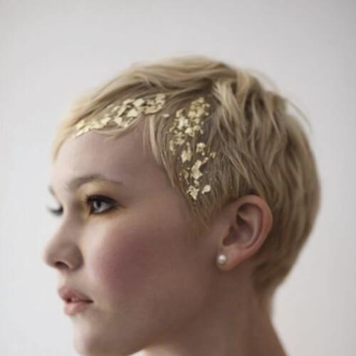 Peinados de fiesta de oro para el pelo corto