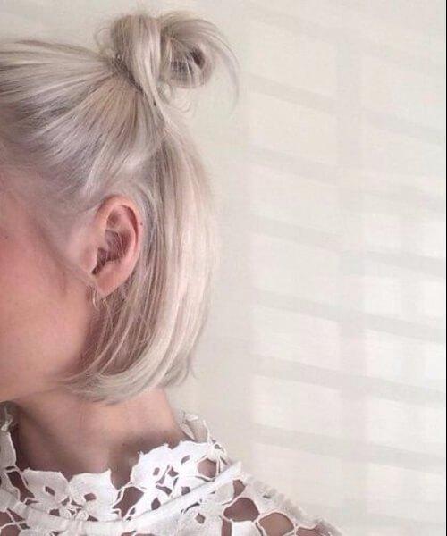 cabello corto rubio