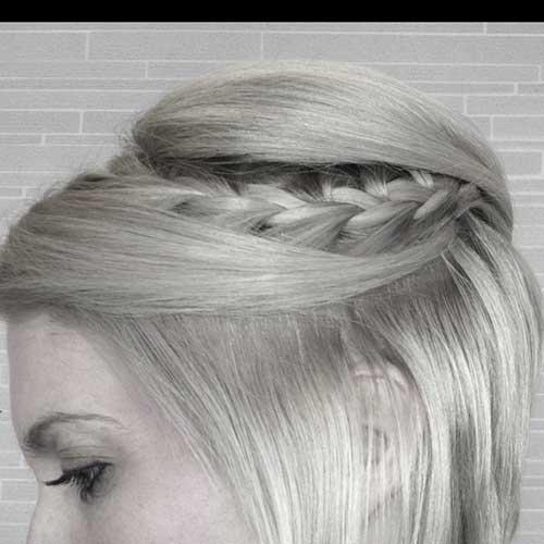 Trenza romántica simple para el pelo corto