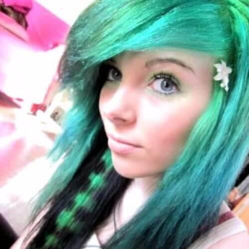 peinados de pelo verde coontail emo para niñas