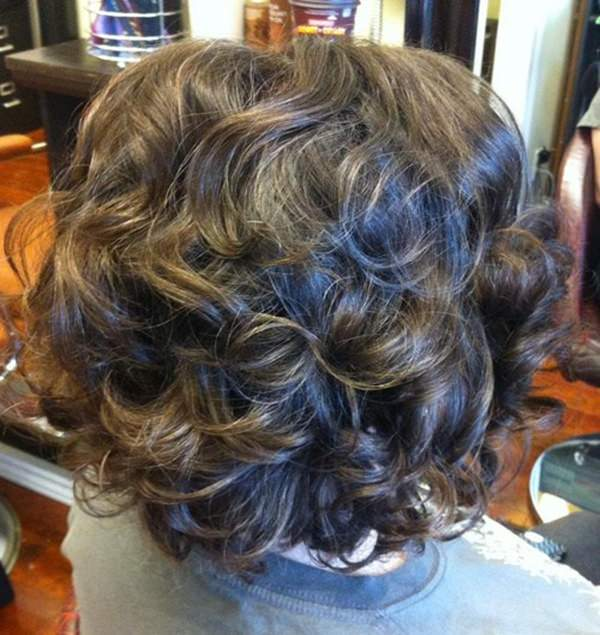 59280816-short-curly-hairstylescurlybobhairstyle