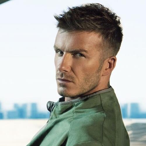 Peinados puntiagudos de David Beckham