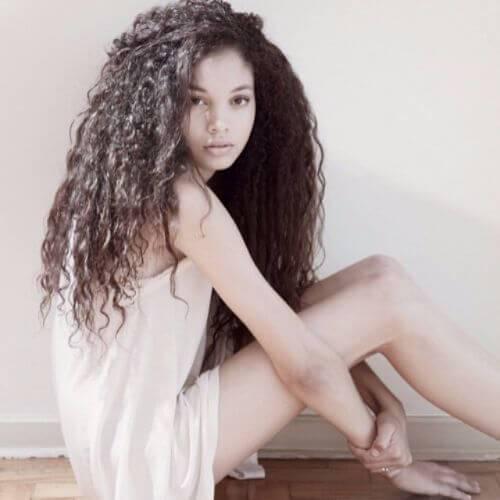cabello rizado natural