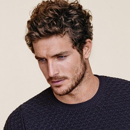 Peinados ondulados casuales para hombres
