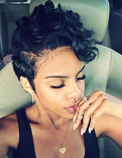 transición a peinados cortos de cabello natural para mujeres negras